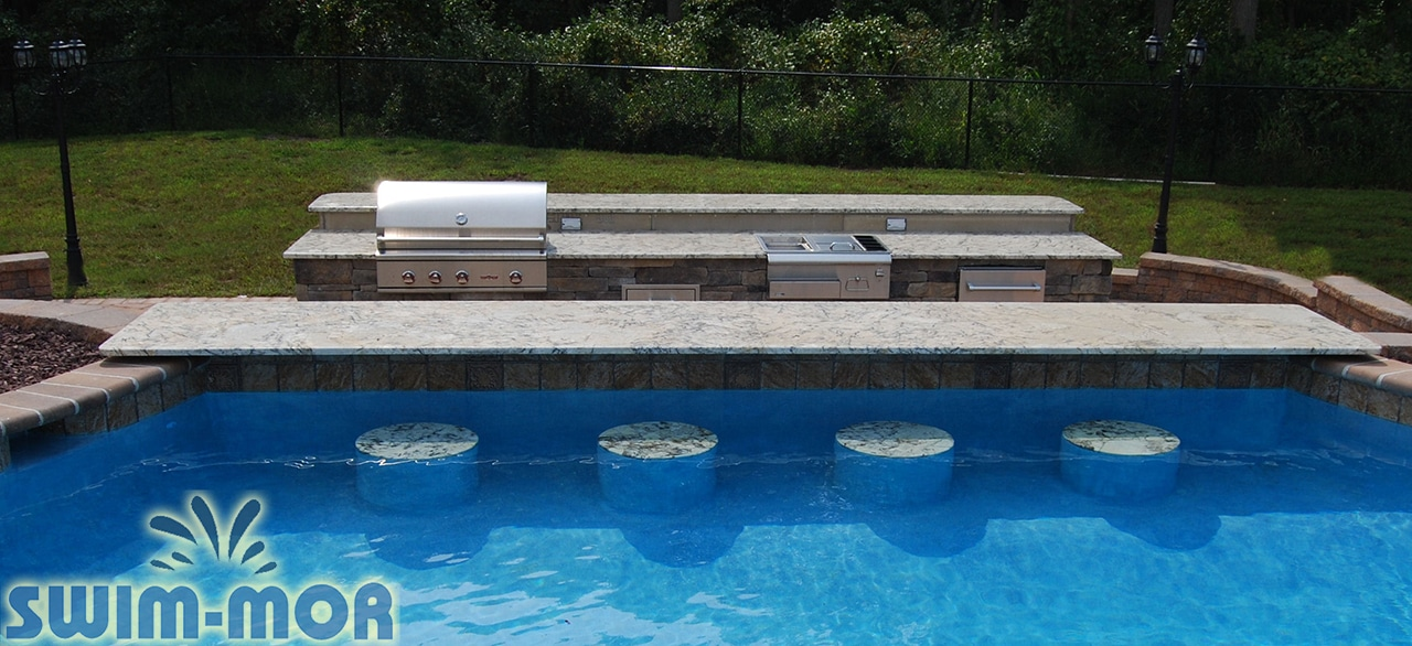 Ordinaire Pool Features: