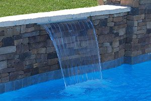 raised wall pool
